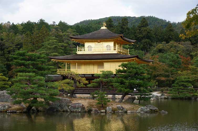 kyoto-golden-pavilion