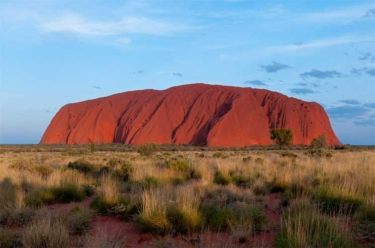 uluru-australia-rock
