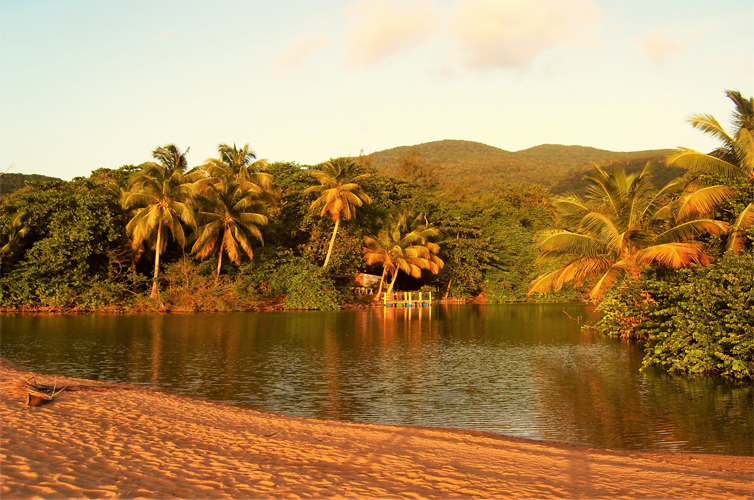 guadeloupe-summer-places
