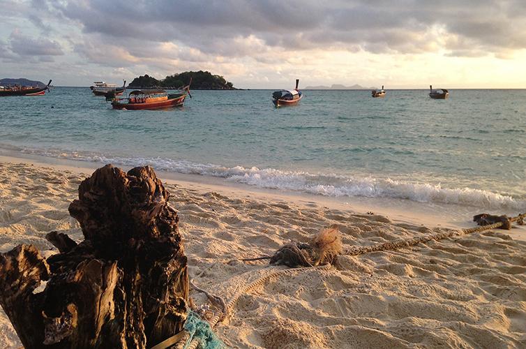 Island-Boat-Thailand