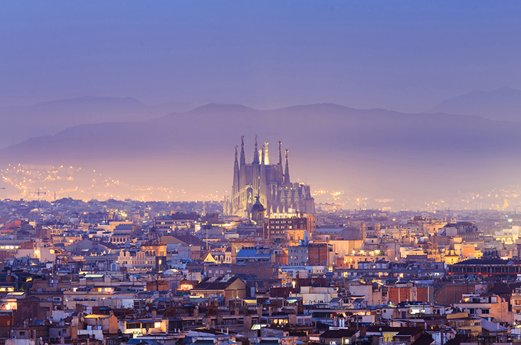 sagrada-familia-church-spain-barcelona-parque-guell