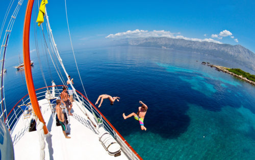 Sailing in Croatia with Topdeck Travel