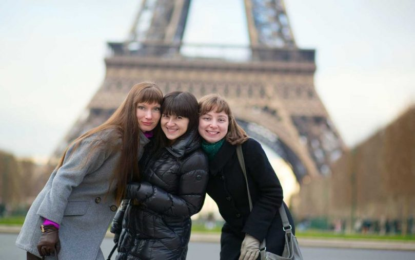 students-in-paris